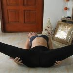 Sporty, Flexible Girl Rear View Shitting Taste Poo with MissAnja [FullHD]
