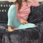 I shit my pants watching TV [FullHD]